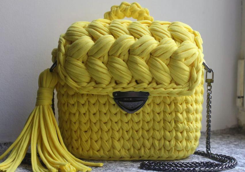 вязаная трикотажная сумка